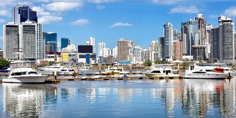La Ciudad, el Canal y las playas de Panamá