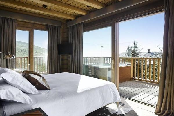 Hotel Sierra Nevada Lodge