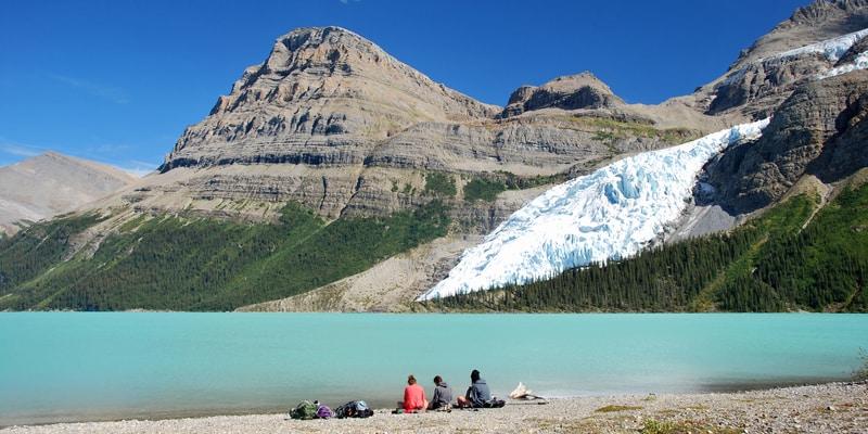 lago Berg en Parque provincial Monte Robson Columbia Británica Canadá